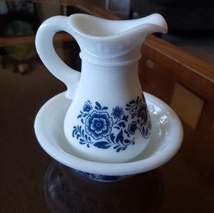Vintage avon milk glass deco bottle